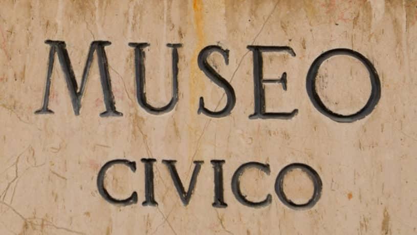 targa_del_museo_civico 2